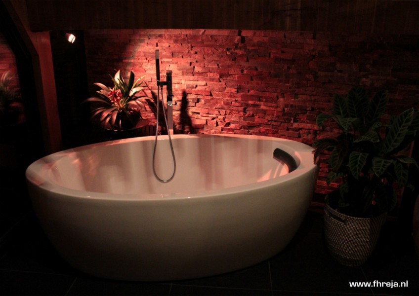 Interieurs - badkamer - Bali - Fhreja - Ontwerpbureau Groene Leefomgeving