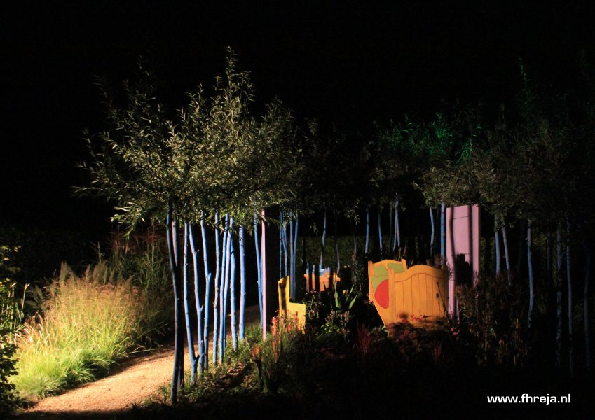 vincent-binnenste-buiten-fhreja-ontwerpbureau-groene-leefomgeving-appeltern-tuinenfestival-in-lights