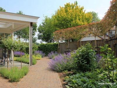 Levendige landelijke tuin - Ammerzoden 12 - Fhreja - Ontwerpbureau Groene Leefomgeving